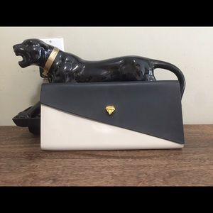Melissa black and white clutch